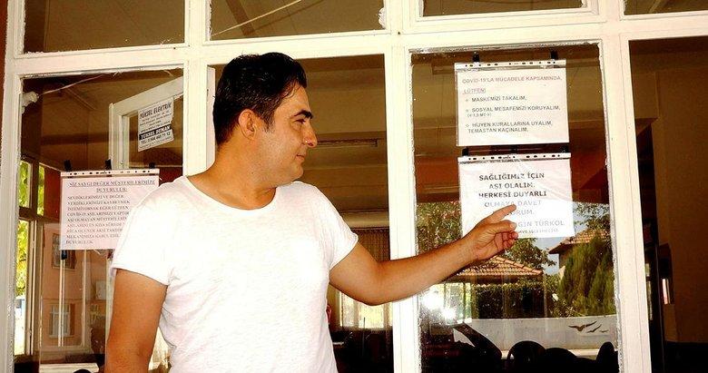 Manisa'da duyarlı kahveciden aşı uyarısı