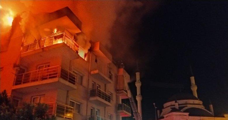 Aydın'da korku dolu anlar! Öfkeli eş evi ateşe verdi