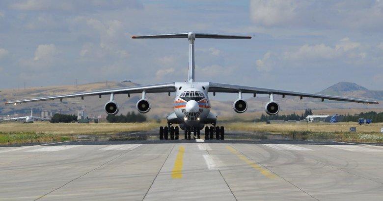 S-400 parçalarını taşıyan 7. uçak Mürted'e iniş yaptı