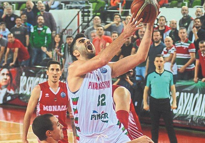 FIBA Şampiyonlar Ligi A Grubu'ndaki son maçta Pınar Karşıyaka, 13'te 13 yapan namağlup lider Monaco'yu evinde yenerek adını ikinci sırada son 16 turuna yazdırdı.