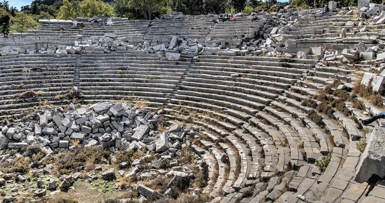 Tarihin ilk kombinesi Afrodisyas'ta