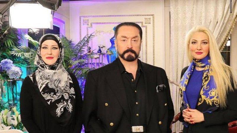 Emekli generalin kızı da Adnan Oktar'ın tuzağına düşmüş!