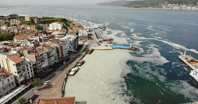 Prof. Dr. Ayaz: Müsilaj, Karadeniz suyunun içinden 15 metre kalınlıkta Ege Denizi'ne doğru akıyor