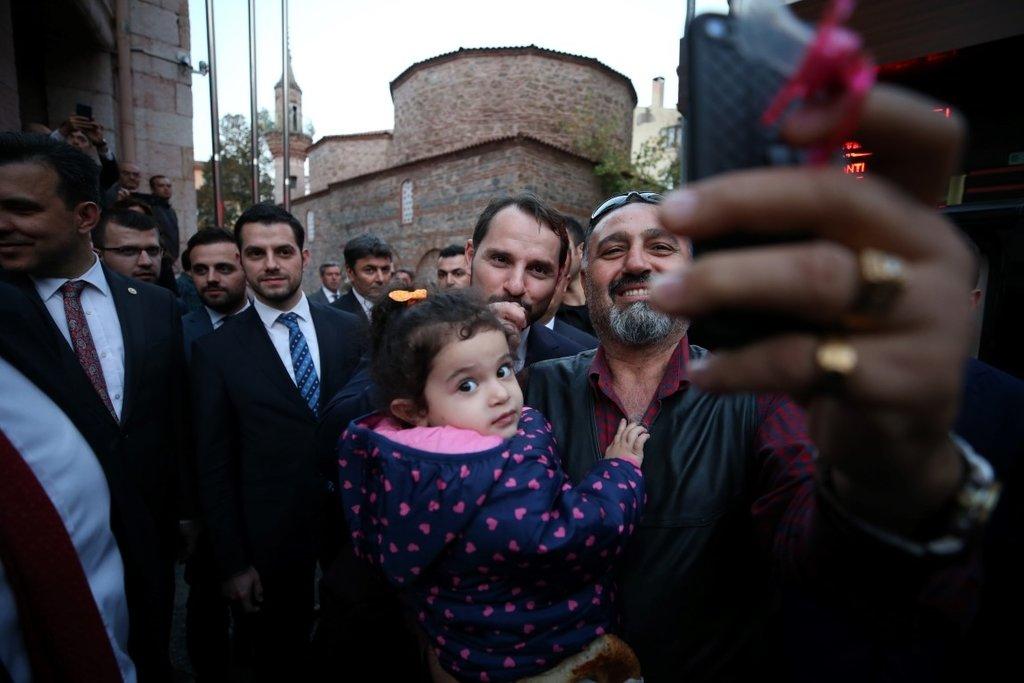 Bakan Albayrak, Bursa'da ziyaretlerde bulundu