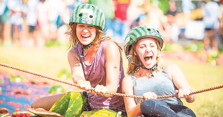 Yetişkin çocuklar için çılgın festivaller