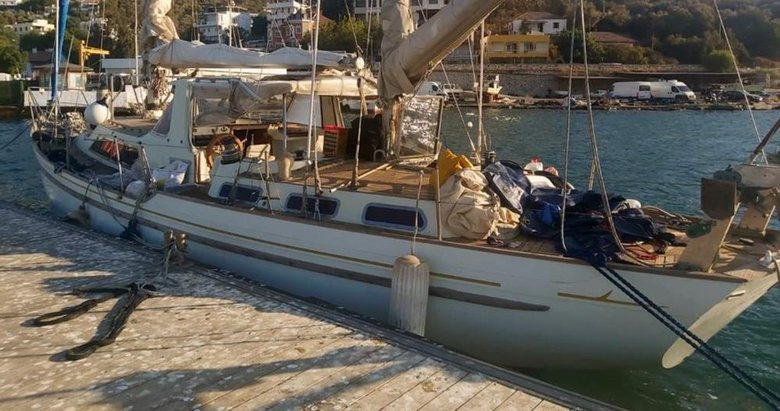 Tekne karaya oturdu, göçmen kaçakçısı yakalandı