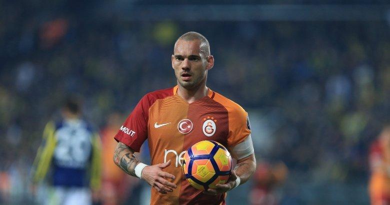 Wesley Sneijder, futbolu bıraktığını açıkladı