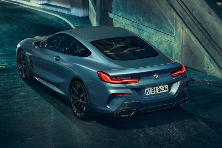 BMW, M850i modeli First Edition tanıtıldı