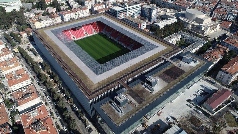 Göztepe'nin yeni stadyumu kapılarını açıyor! Türkiye'de bir ilk