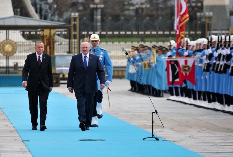 Başkan Erdoğan, Belarus Cumhurbaşkanı Lukashenko'yu böyle karşıladı