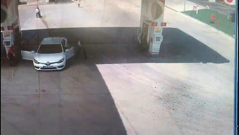 Akaryakıt istasyonunda silahlı saldırı