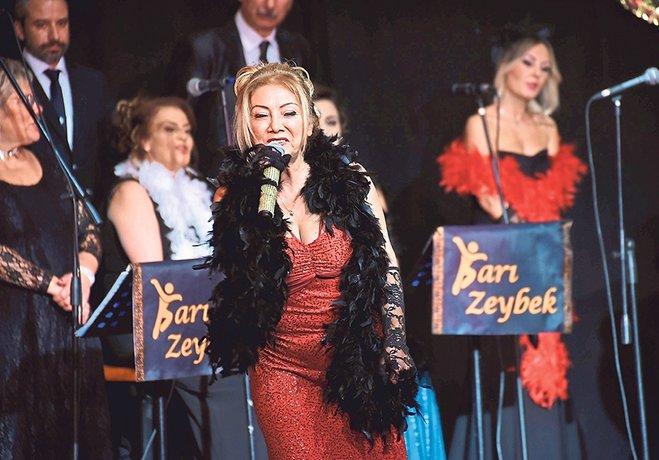 Sarı Zeybek'ten Müren şarkıları