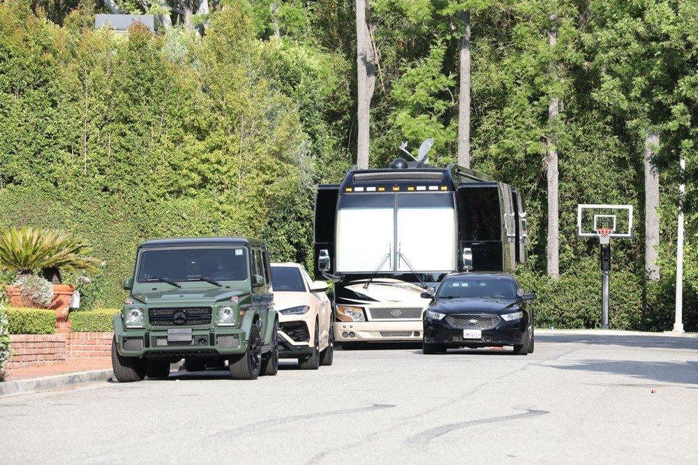 Otelden farkı yok! İşte Justin Bieber'ın ultra lüks kamp otobüsü