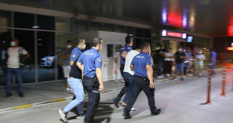Cinayet zanlıları bir çanta dolusu parayla İzmir'de yakalandı