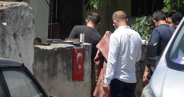 İzmir'de şüpheli ölüm: Yaşadığı evde ölü bulundu