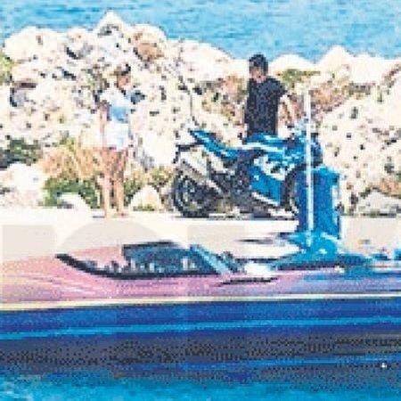 Acun Ilıcalı sevgilisi Çağla Ayça Altunkaya ile adalar arası mekik dokuyor
