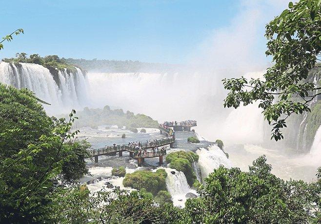Şelaleler vadisi Iguazu