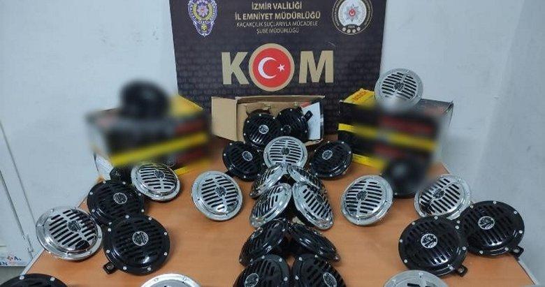 İzmir'de 1 milyon lira piyasa değerinde kaçak ürün ele geçirildi