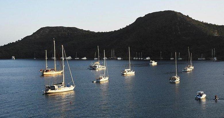 El değmemiş koyların milyon dolarlık misafirleri denizlere renk kattı