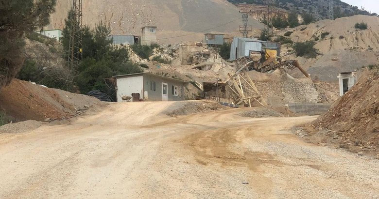 Manisa'da korkunç ölüm! Taş ocağında yüksekten düşen operatör hayatını kaybetti
