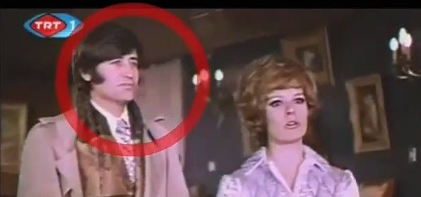 Kemal Sunal'ın efsane filmlerinden Gerzek Şaban'da şok eden hata! Görenler hayrete düştü! İşte Yeşilçam filmlerinde çekim hataları...