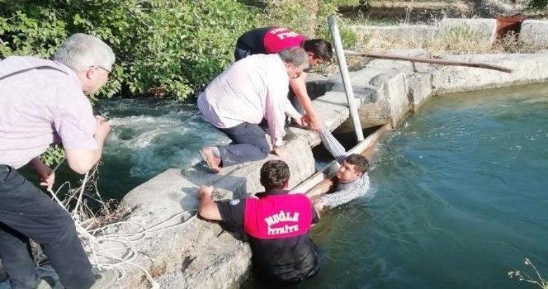 Sulama kanalına düştü ölümden döndü
