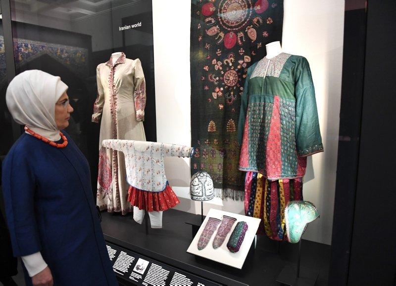Emine Erdoğan'dan İngiltere'de önemli ziyaret