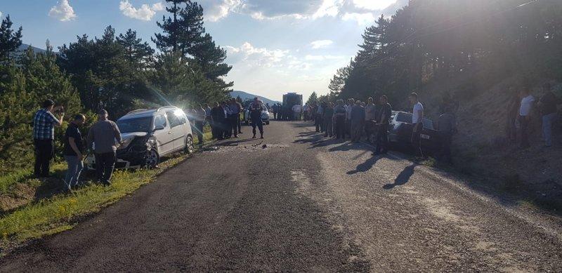 Kütahya'da trafik kazası: 8 yaralı