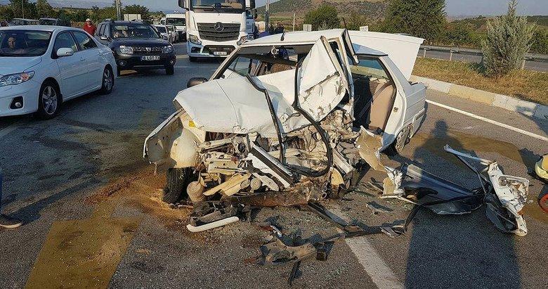 Kula'da zincirleme kaza: 1 ölü, 3 yaralı
