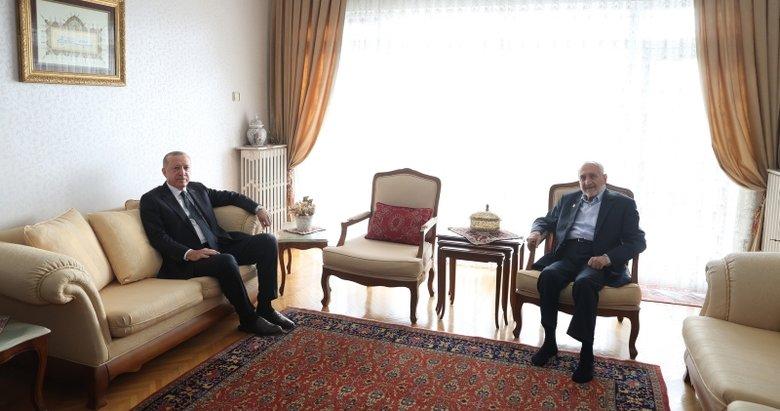 Başkan Erdoğan Oğuzhan Asiltürk'ü evinde ziyaret etti