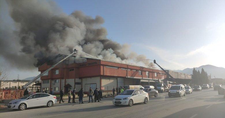 Son dakika: Denizli'de tekstil fabrikasında yangın