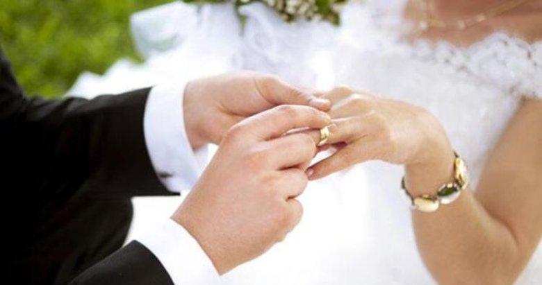 Kütahya'da 1 yılda 3 bin 477 çift evlendi