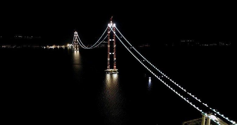 1915 Çanakkale Köprüsü ışıl ışıl oldu! Seyrine doyumsuz manzara