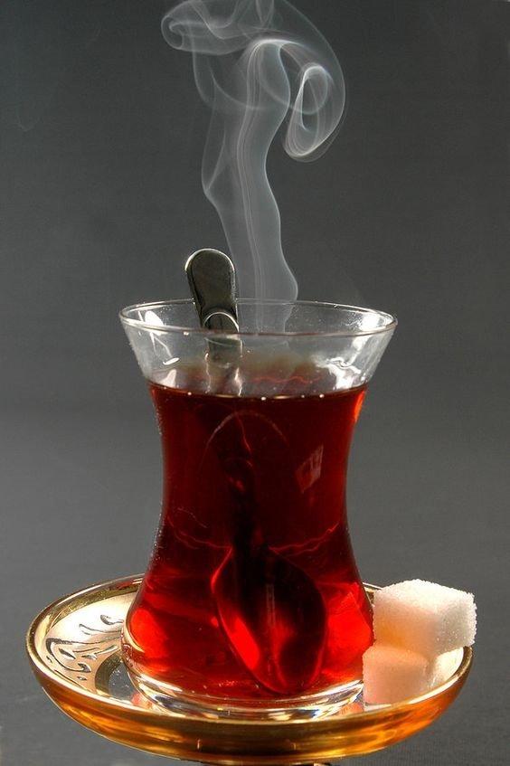 Çayı böyle içiyorsanız dikkat!