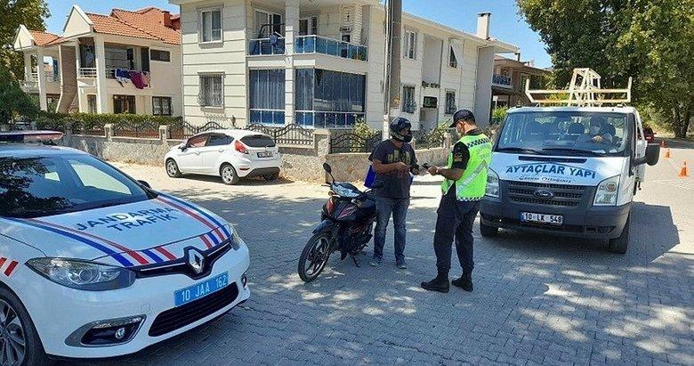 Balıkesir'de son 1 ayda aranan 293 kişi yakalandı