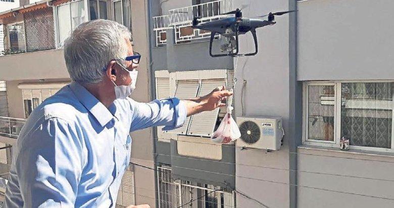 Kurban etini drone ile gönderdi