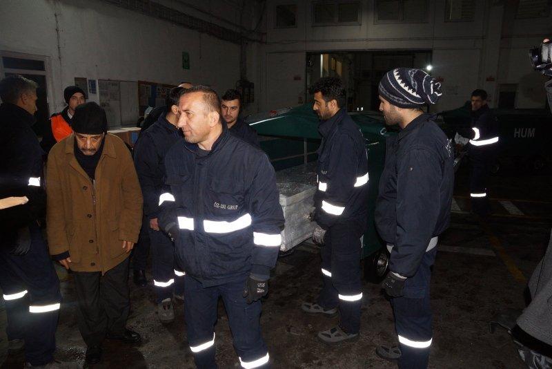 İzmir'de acı bekleyiş! Ukrayna'da öldürülen öğrencinin cenazesi İzmir'e getirildi