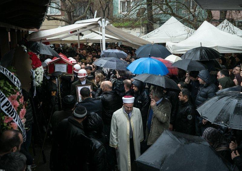 Şehit Yüzbaşı Ümit Özerli'ye İzmir'den hüzünlü veda