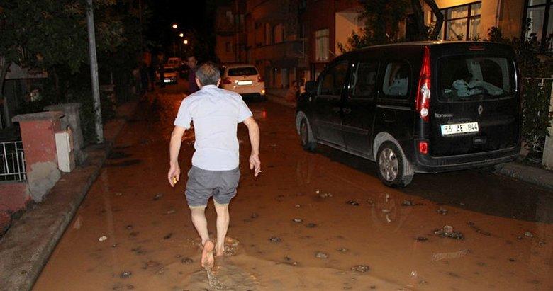 Su borusu patladı, mahalleli deprem sandı