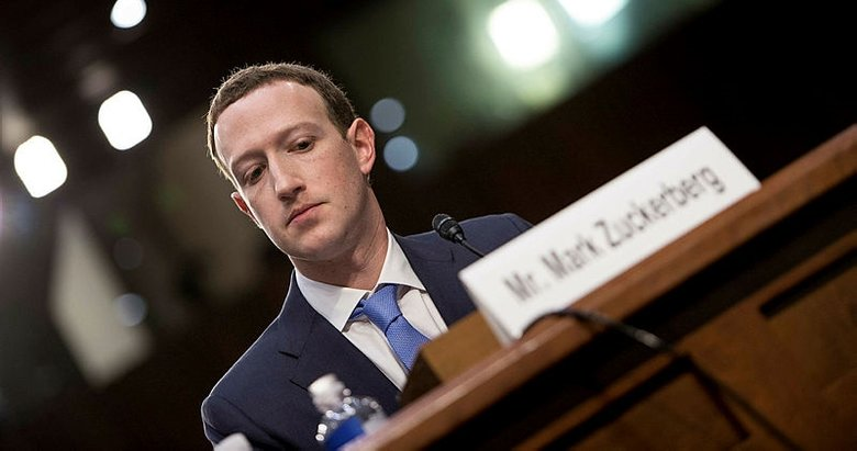 zuckerberg ifade ile ilgili görsel sonucu