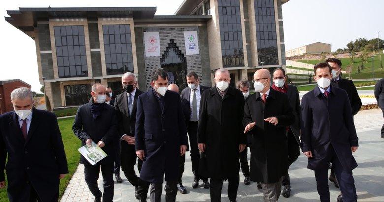 Başkan Erdoğan üniversite külliyesi ve cami inşaatında inceleme yaptı