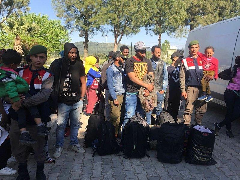 İzmir'de yakalandılar