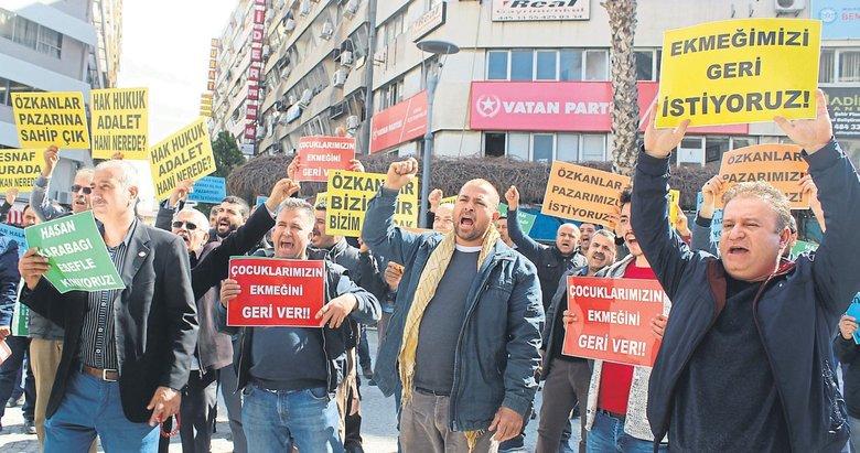 Esnaf, CHP'li başkanı istifaya çağırdı