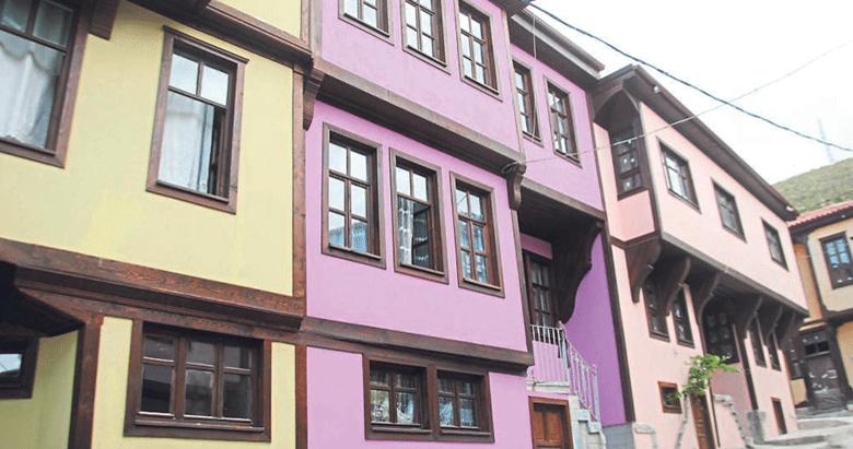 Renklenen sokaklar turistlerin yeni gözdesi