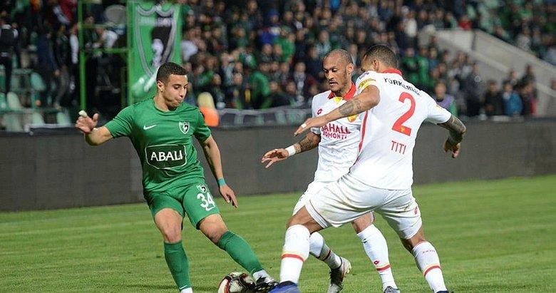 Göztepe ve Akhisarspor derbide kaderini çizecek