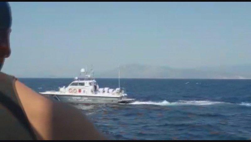 Yunan asker Türk balıkçılara silah çekti
