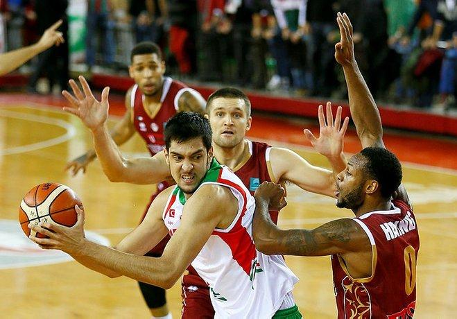 Pınar Karşıyaka'da forma giyen basketbolcular, Tahincioğlu All-Star 2018 öncesi destek çağrısında bulundu.