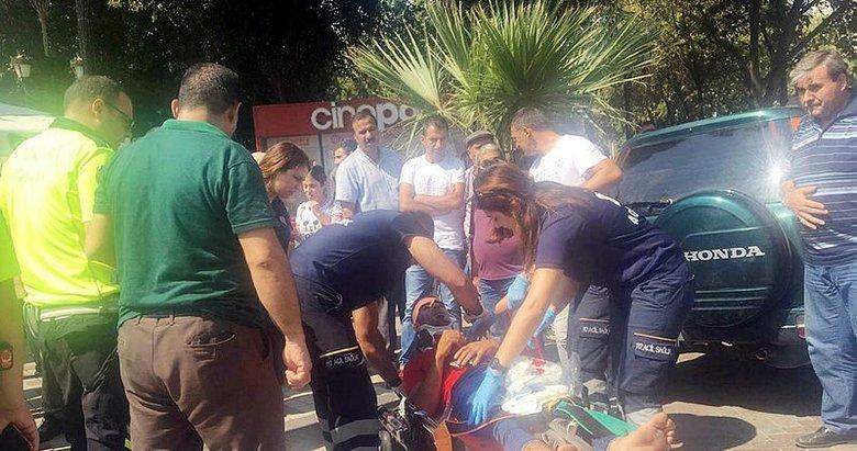 Manisa'da ters yönden gelen otomobille motosiklet çarpıştı
