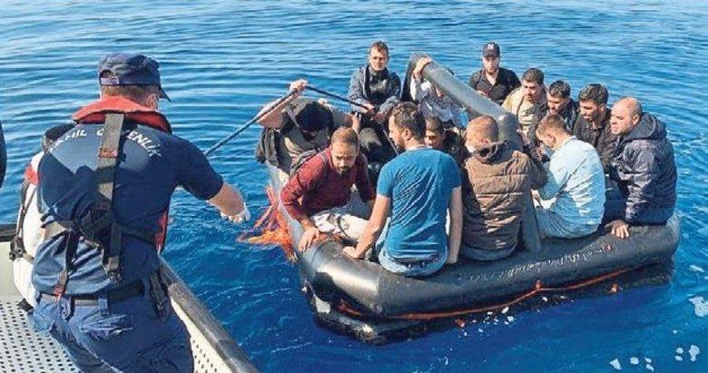 Ege'de 306 göçmene Sahil Güvenlik yetişti