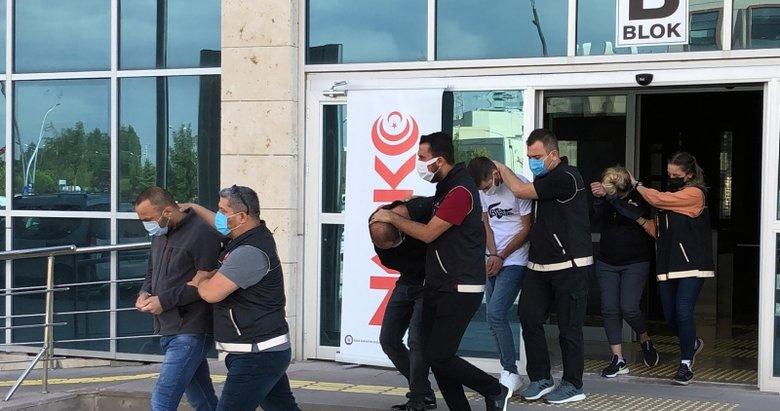 Uşak'ta adliyeye sevk edilen uyuşturucu taciri tutuklandı